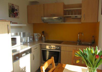 Ferienwohnung Küche - auch für Monteure. Kurzzeitvermietung wohnen auf Zeit in Oldenburg
