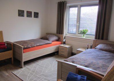 Ferienwohnung_Oldenburg_Kreyenbrueck_Horn_Schlafzimmer